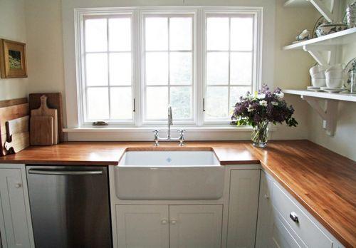 Butcher-block-countertops-ikea-little-green-cottage-kitchen-inspiration-butcher-block-gallery-61626-900x626